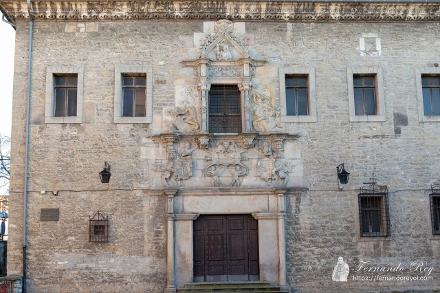 Palacio-Escoriaza-Esquivel